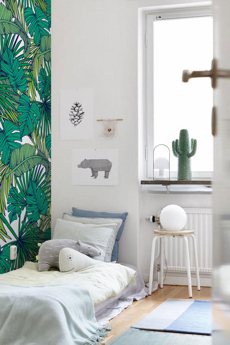 leafy green wallpaper