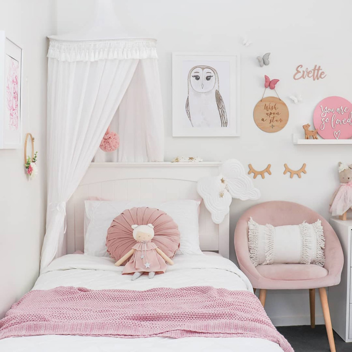 psychology pink in kid's room
