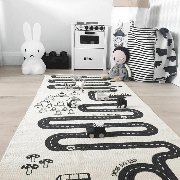 road circuit rug