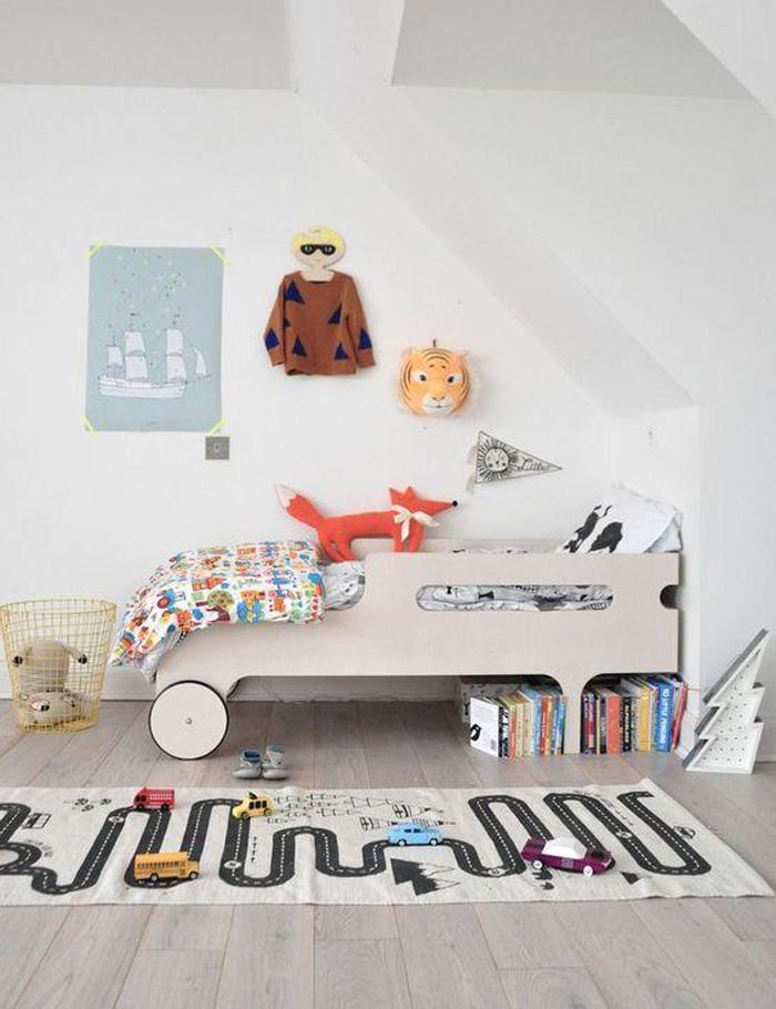 car themed boy's room