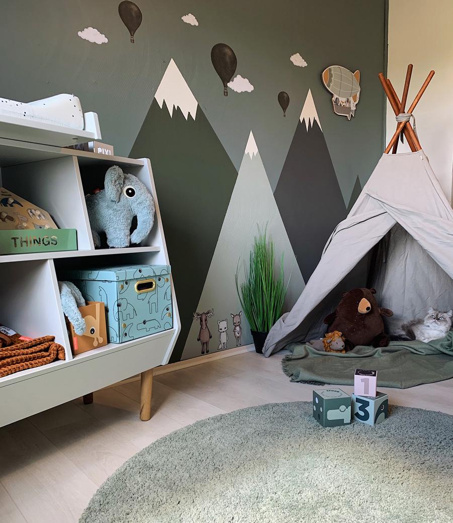 green teepee kid's room