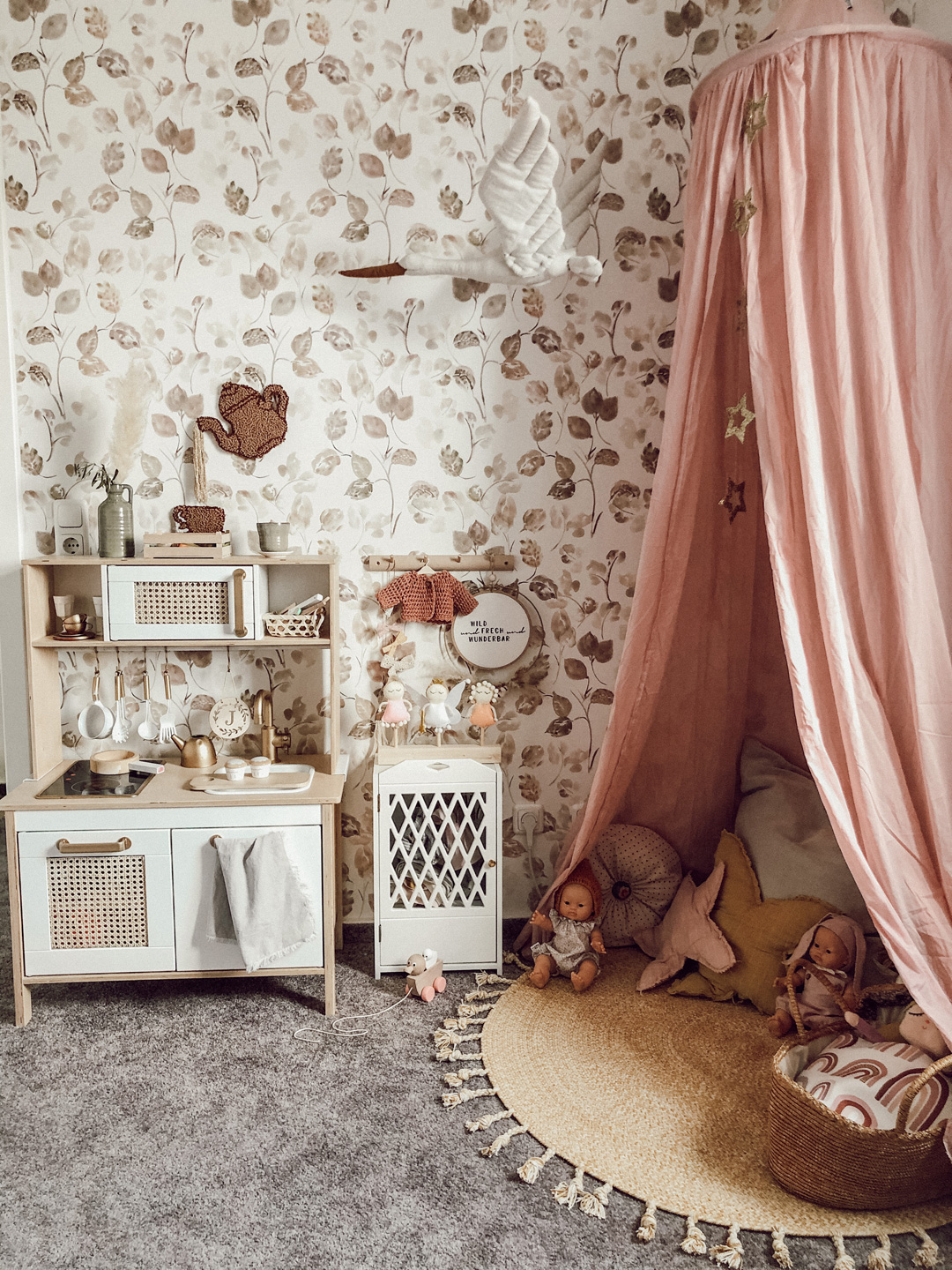 pink canopy girl's room