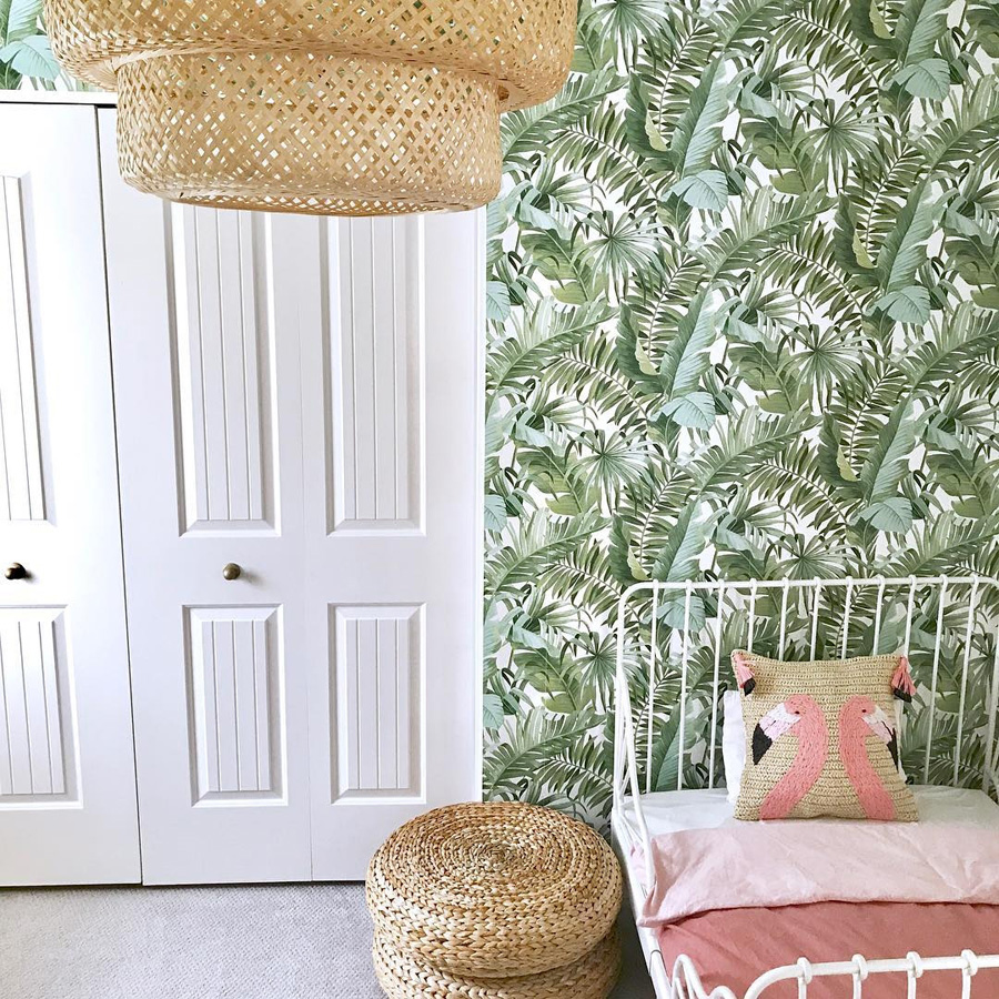 girl's room with green