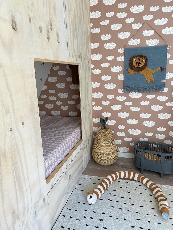 hideaway bed diy kid's room