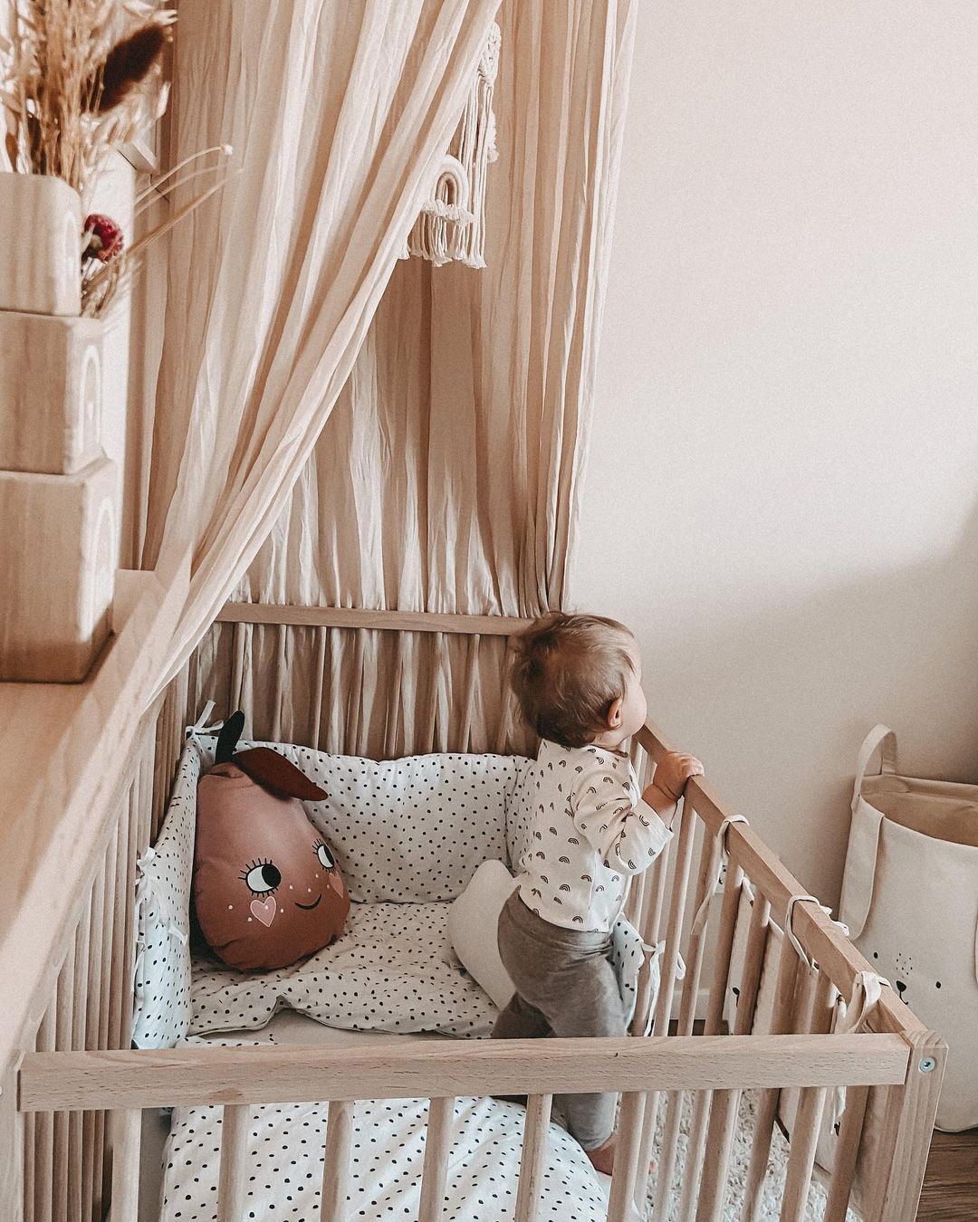 nude colour hues in baby nursery