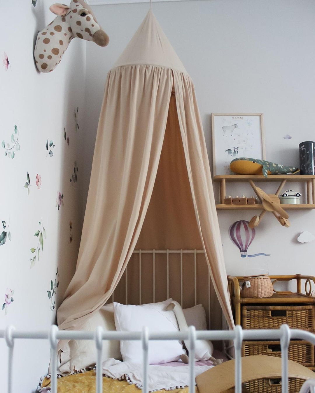 nude tones in kids' rooms