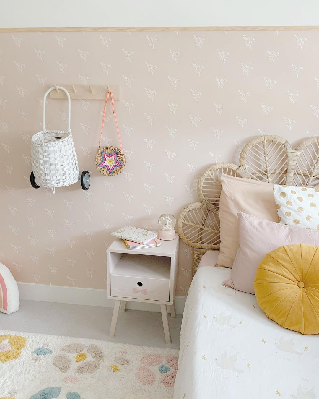 nude colour paint for kids' room